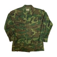 1968's U.S.ARMY VIETNAM JUNGLE FATIGUE JACKET CAMO. S-R